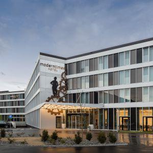 http://moderntimes-hotel.ch/application/files/thumbnails/thumb_list_2x/2014/7281/6393/222.jpg